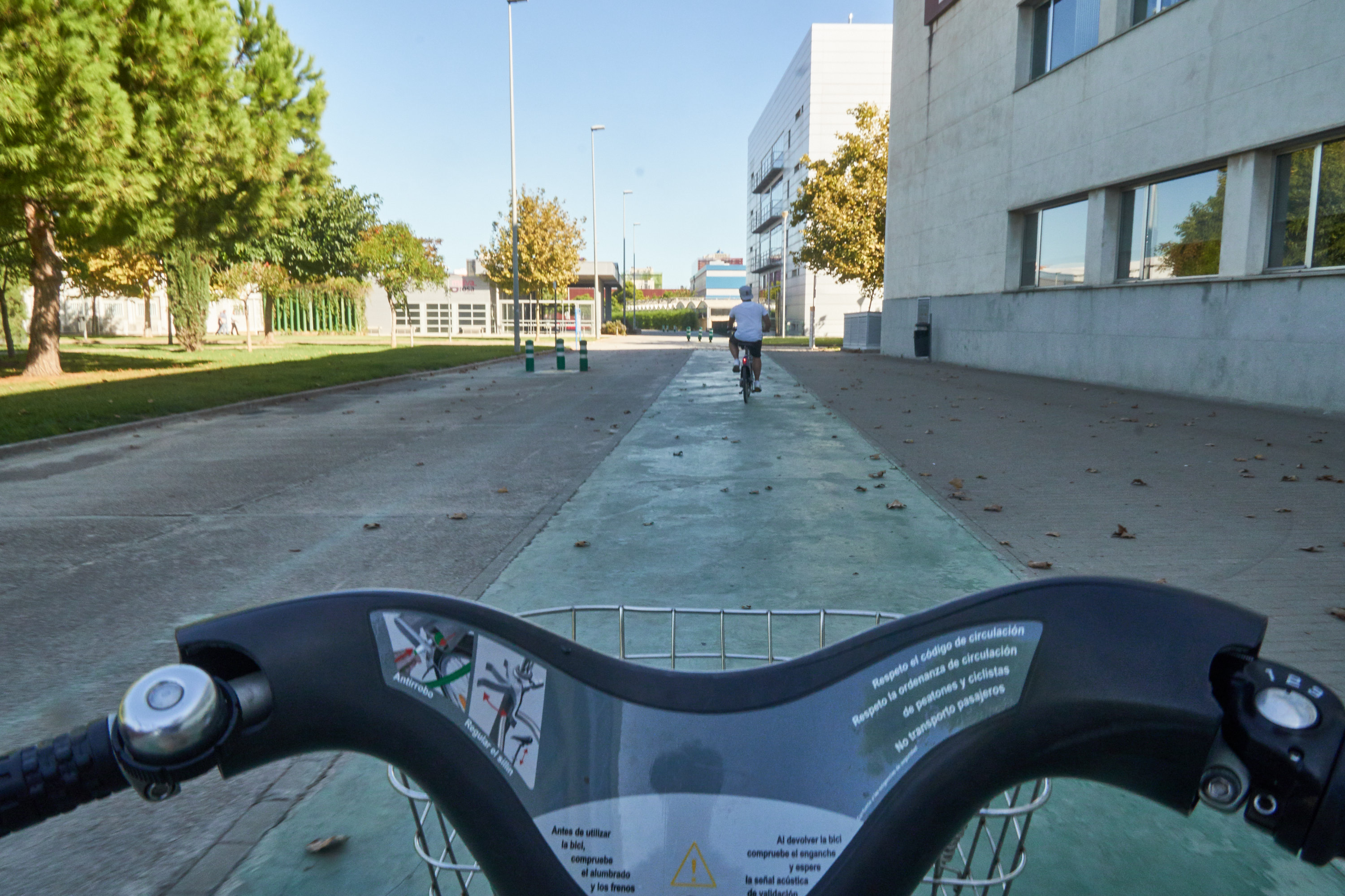 There are 3 Valenbisi Stations inside the campus of UPV, but be quick: cause you are not the only student who wants to get a bike or a place for one...